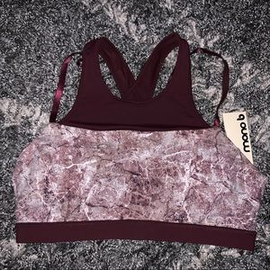Other - NWT Marble high neck sports bra